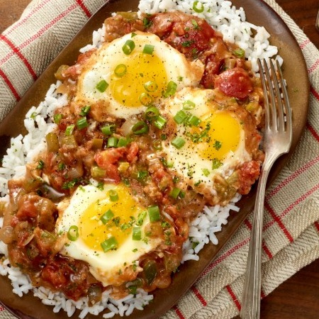 Cajun Tomato Gravy With Eggs