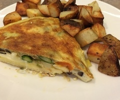 Veggie Omlet and Browns